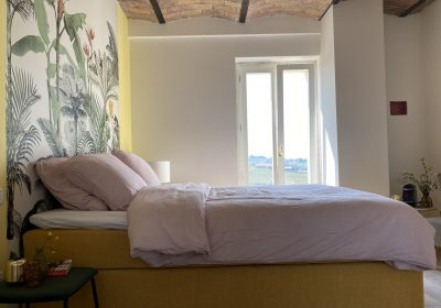 The Piemontese ceilings give the rooms the rustic vibe from an old 'Cascina'.